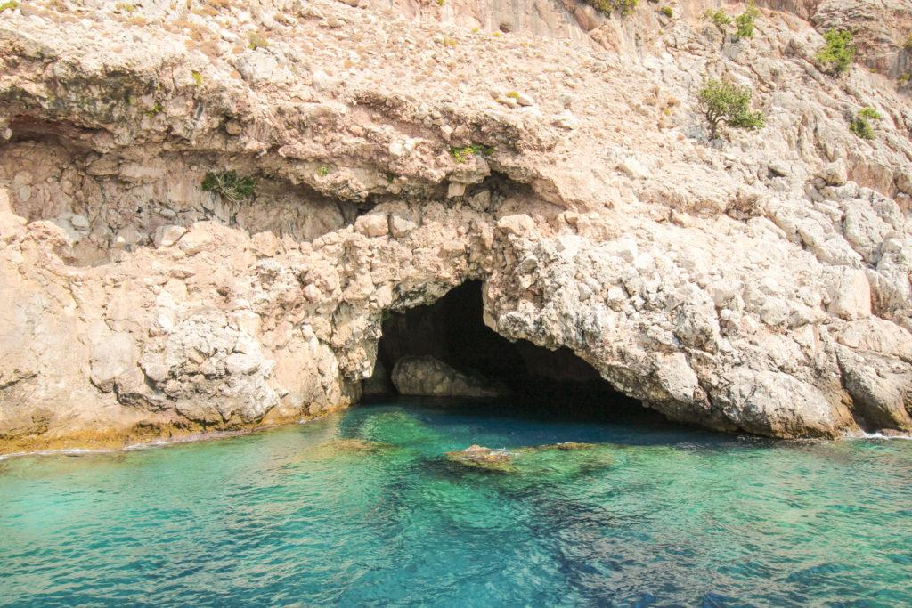 Sørøvergrotten, Korsanlar Mağarasi